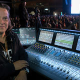 Memo (front of house of Carlos Vives) uses the LEWITT DTP Beat Kit Pro 7 on drums